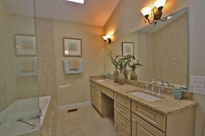 First floor master suite, bath